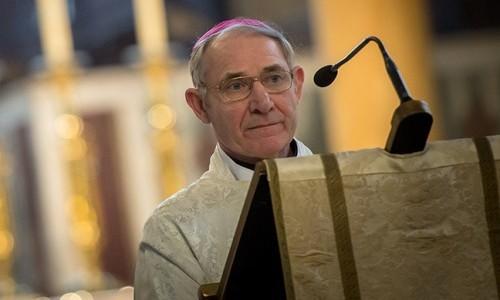 Bishop-Paul-McAleenan-at-Lectern